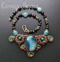 Колье, кулоны, ожерелья | 62 photos