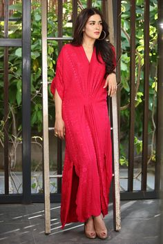 Natasha in Misha Lakhani Pakistani Wedding Outfits, Pakistani Dresses, Indian Dresses, Indian Outfits, Pakistani Designer Suits, Pakistani Dress Design, Misha Lakhani, Kaftan Designs, Afghan Dresses