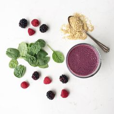 10 Day Smoothie Challenge   Day 5: Spinach Berry Smoothie
