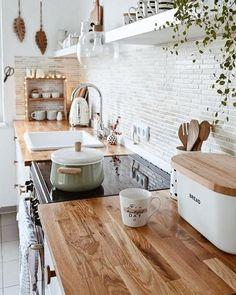 Home Decor Kitchen, Kitchen Interior, Home Kitchens, Kitchen Ideas, Design Kitchen, Rustic Kitchen, Farmhouse Kitchens, Apartment Kitchen, Small Country Kitchens