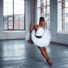 Ballet Girls, Ballet Dancers, Black Is Beautiful, Black Dancers, Dancer Photography, Glam Photoshoot, Black Ballerina, Pretty Ballerinas, Brown Skin Girls
