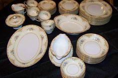 Noritake Service For 7 Place Settings Floral Circa Early 1933 Vintage LOT Good China, Fine China, Christmas China, China Patterns, Dinner Sets, Noritake, Vintage China, Cut Glass, Dinnerware