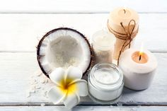 DIY-Rezept für selbst gemachte Kokosöl Gesichtspflege aus 5 Zutaten - bietet Schutz, Pflege und Regeneration für jeden Hauttyp ...