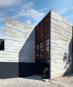 H 24 House #architecture #concrete #facade