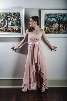 Studio Lighting, Home Studio, Bridesmaid Dresses, Wedding Dresses, High Low, Model, Fashion, House Studio, Bridesmade Dresses