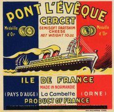 Le paquebot Ile-de-France, sur fond tricolore