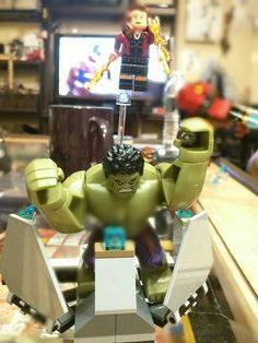 Close up of Hulk and Scarlett Witch Lego