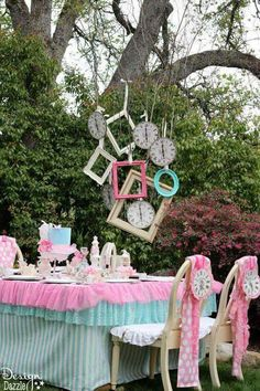 Alice in Wonderland baby shower theme