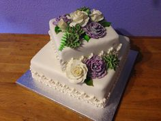 succulents cake with roses