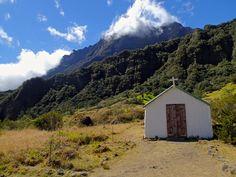 Church in Marla, Reunion Island Venez profitez de la Réunion !! www.airbnb.fr/c/jeremyj1489