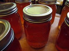 An apricot jelly recipe I came up with myself to make use of all that juice from my steam juicer! Cooking Jam, Cooking Tips, Canning Apricots, Food Storage, Storage Ideas, Ole Recipe, Steam Juicer, How To Make Jam, Pressure Canning