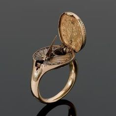rare 16th century gold sundial and compass ring, possibly German.