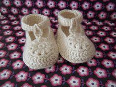 Gehaakte babyschoentjes  3 tot 6 maanden door HandmadebyFieke