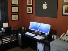 Computer Desk Inspiration – Dual Monitors