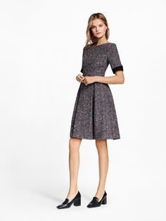 http://www.vogue.com/fashion-shows/pre-fall-2017/brooks-brothers/slideshow/collection