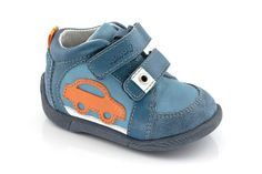 Baby Shoes, Sneakers, Kids, Clothes, Fashion, Tennis, Young Children, Outfits, Moda