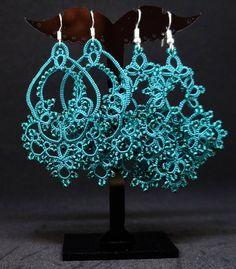 #фриволите #сережки #серьгиручнойработы #серьги #анкарс #изумрудный #tatting #tattinglace #frivolite #earrings #handmadejewelry #handmade