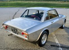 Bid for the chance to own a 1975 Lancia Fulvia at auction with Bring a Trailer, the home of the best vintage and classic cars online. Old Sports Cars, Sport Cars, Old Cars, Good Looking Cars, Thing 1, Classic Italian, Classic Cars Online, Alfa Romeo, Vintage Cars