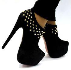 Black Studded Booties                                                                                                                           ᖽ•Ꮰ੬ℕട❜̋ᗷѳꂷɬίǪṳ̈ℯ•ᖾ