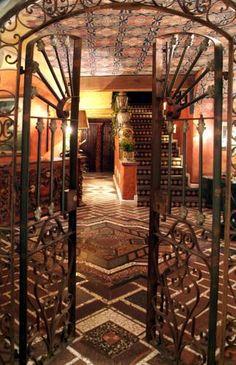 Interior Casa Vieja Restaurant and Boutique.  Mexico City,  MEXICO.