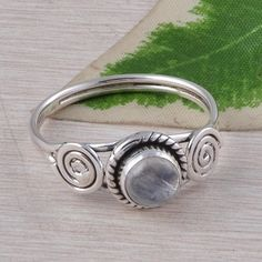 RAINBOW MOONSTONE 925 SOLID STERLING SILVER RING JEWELLERY 2.53g R01594 #Handmade #GEMSTONERING