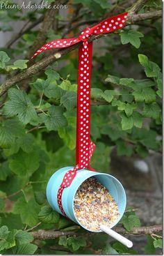 Tin Can Bird Feeders — Crafthubs