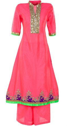 Coral pink embroidered kurta set available only at Pernia's Pop-Up Shop.