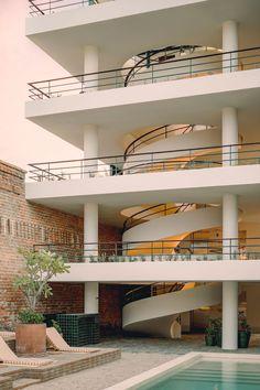 Baja Club Hotel La Paz by Max von Werz&Jaune Interiors   Yellowtrace Mexican Hacienda, Brutalist Buildings, Genius Loci, Timber Beams, Interior Work, Interior Design, Lounge, Design Hotel, Brickwork