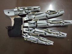 3d Pumpkin Carving, Foam Carving, Anatomy Sculpture, Jedi Cosplay, Mechanical Arm, Robot Hand, Prosthetic Makeup, Arte Robot, Mask Painting