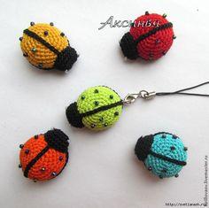 ergahandmade: Crochet Ladybug Κeyring + Diagrams + Free Pattern Step By Step Crochet Amigurumi Free Patterns, Embroidery Patterns Free, Crochet Patterns For Beginners, Easy Crochet Patterns, Crochet Yarn, Crochet Flowers, Crochet Toys, Free Crochet, Hand Embroidery