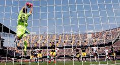 Oblak, el portero del Atlético de Madrid, frente al Valencia.
