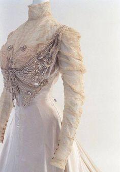1890 Wedding Dress