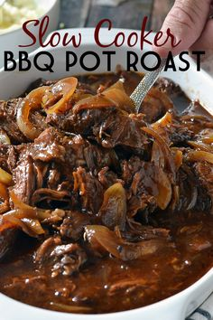 Slow Cooker BBQ Pot Roast - Mother Thyme An easy recipe for tender and juicy Slow Cooker BBQ Pot Roast that you can whip up quickly with a few simple ingredients! Crockpot Dishes, Crock Pot Cooking, Beef Dishes, Cooking Recipes, Chuck Roast Recipes, Pot Roast Recipes, 21 Day Fix, Barbacoa, Chana Masala