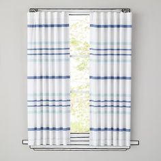 528706_Curtains_Wide_Ruled_BL