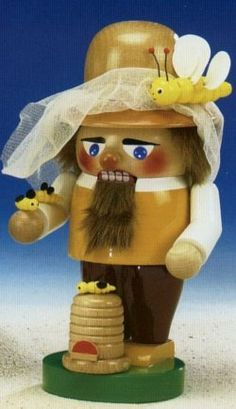 "10"" Bee Keeper Steinbach Nutcracker"