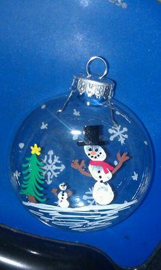 "Fingerprint snowman ornaments are ""snow"" much fun!"