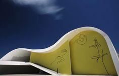 Teatro Popular de Niterói by Oscar Niemeyer - Rio de Janeiro, Brasil. Pin adicionado por ConceptCasa.com.br