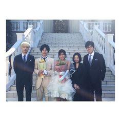 いいね!6,890件、コメント43件 ― Ren Ishikawa 石川恋さん(@ren_ishikawa)のInstagramアカウント: 「東京タラレバ娘が終わってから早くも一週間が経ちました。毎週水曜日のタラレバを楽しみにしていたのに、、寂しいです。ということで、今日はまだ載せていなかったオフショットを✨クランクアップの日に撮った集合写真などなど。3ヶ月間本当にお世話になったタラレバのキャスト、スタッフの皆さま。またご一緒できるように頑張ります!…」