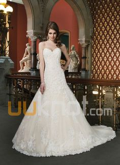 A-line Sweetheart Chapel Train Lace Tulle Satin Wedding Dress - UUknot.com