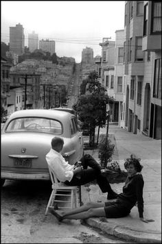 WEBSTA @ historicalpix - Summer in San Francisco. Photo by Henri Cartier-Bresson. Henri Cartier Bresson, Candid Photography, Vintage Photography, Street Photography People, Urban Photography, Color Photography, Landscape Photography, Portrait Photography, Nature Photography