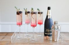 This beautiful Blackberry Thyme Sparkler is the perfect Champagne cocktail for New Year's Eve | The Effortless Chic