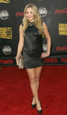 Amanda Bynes Photos - 2007 American Music Awards - Arrivals - Zimbio