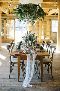 cool 41 Vintage And Rustic Castle Wedding Decoration Ideas  http://viscawedding.com/2017/12/28/41-vintage-rustic-castle-wedding-decoration-ideas/
