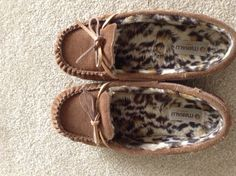 Moccasins...These look so comfy and cozy I'm mentally putting my feet into them :)