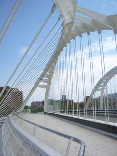 AD Classics: Bac de Roda Bridge / Santiago