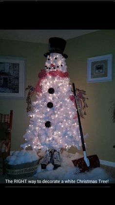 Don't want traditional Merry Christmas decorations? A pre lit white Christmas tree is just what you need. Try these white Christmas tree decorating ideas. Cute Christmas Tree, Primitive Christmas, Christmas Snowman, Winter Christmas, All Things Christmas, Christmas Decorations, Snowman Decorations, Merry Christmas, Holiday Tree