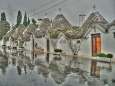 Alberobello - 22 Towns in Italy that are almost TOO perfect looking Places Around The World, Oh The Places You'll Go, Places To Travel, Places To Visit, Reykjavik Island, Beautiful World, Beautiful Places, Beautiful Streets, Amazing Places
