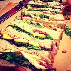 長男作のサンドイッチ♥️しおんよくやった! - 240件のもぐもぐ - Egg n Bacon Sandwiches 卵とビーフベーコンのサンドイッチ by Yuka Nakata