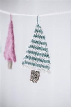 Tema 40: 8 Juletre girlander #jul #strikk #christmas #knit