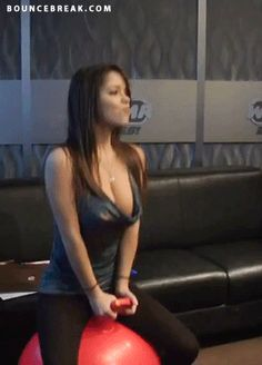 Find GIFs with the latest and newest hashtags! Search, discover and share your favorite Big Bouncing Boobs GIFs. The best GIFs are on GIPHY. Pin Up, 3 Gif, Sport Treiben, Wonderful Picture, Sexy Gif, Videos, Things That Bounce, Ta Tas, Pranks